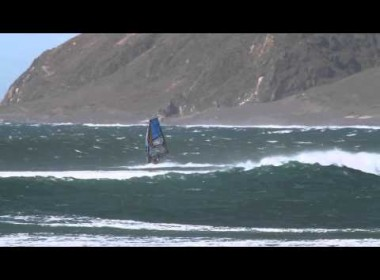 HORROCKS HUNTS WAVES IN CHILE