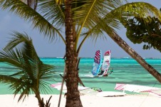 2_Tobago_Caribean_Radical_Centre_Windsurf_Clinic_Jem_Hal1-800x533