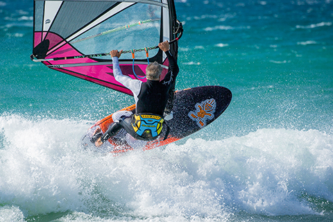 Windsurf MagazinePETER HART - THE JOY OF CROSSING OVER