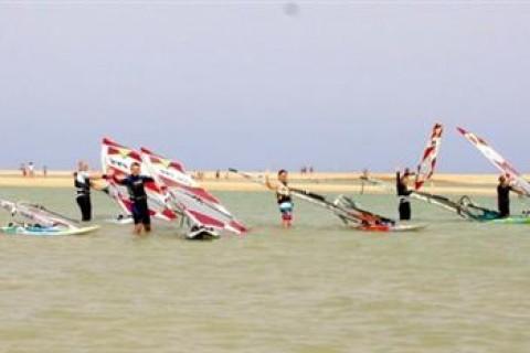 19_Simon_Bonhoft_windsurf_clinic_sotavento_fuerteventura_canary_islands