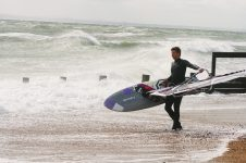 H Windsurf 1