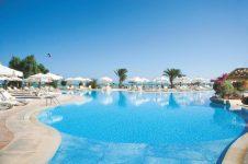 2_Red_Sea_El_Gouna_Dive_Holiday_Movenpick_Resort_Swimming_Pool4_800x533