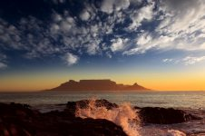 25_South_Africa_Windsurf_Kitesurf_Holiday_Table_Mountain_sunset_800x502