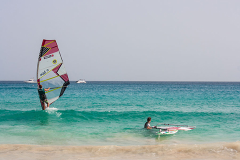 Windsurfing-Camp-Cape-Verde-Sal-Flat-Water