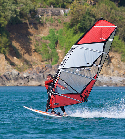 Coverack Windsurfing 02 480px.