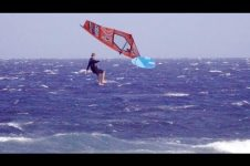 WINDSURFING CRASHES IN 40 KNOTS