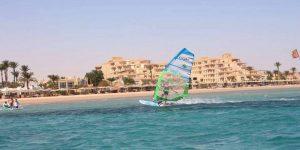 13_Simon_Winkley_Windsurf_Clinic_Sportif_Red_Sea_Safaga_windsurfer_hotel