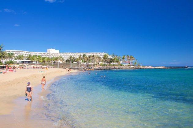 1_Sportif_Travel_Lanzarote_Windsurf_Costa_Teguise_beach_hotel