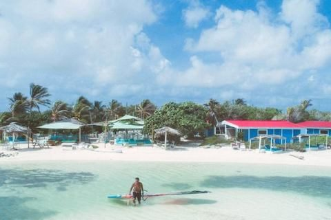 2_Bonaire_Caribbean_Windsurf_Centre_Holiday_Sorobon_Bay_Beach_Launch_800x533