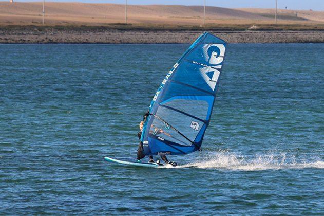 Windsurf MagazineGA SAILS HYBRID 5 6M 2019 TEST REVIEW | Windsurf