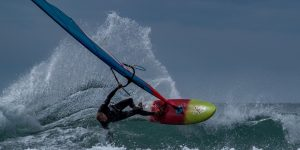 Peter_Hart_2017_Profile_Wave_Sailing_Action_large