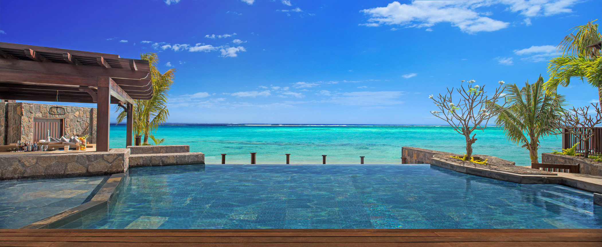 str3459po-142285-The St Regis Villa Infinity Pool-Med