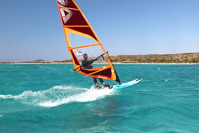 MICRO GUIDE : SURF ISLAND WEST CRETE - CRETE, GREECE | Windsurf Magazine