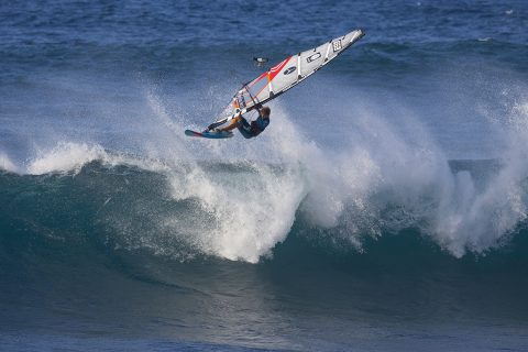 Click to Enlarge - Iballa tearing it up at the 2019 Aloha Classic. Photo John Carter