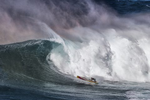 Click to Enlarge-Bottom turn at Jaws