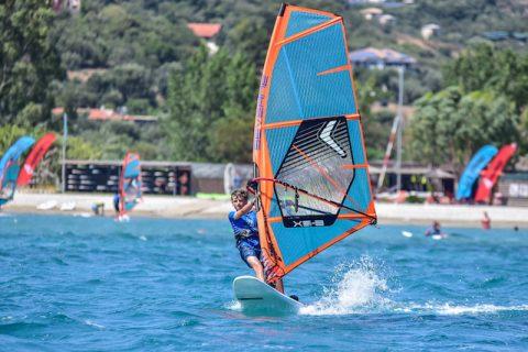 Leo windsurfing -  Photo PROtography 2020