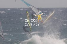 CHICKS CAN FLY: JUSTYNA SNIADY