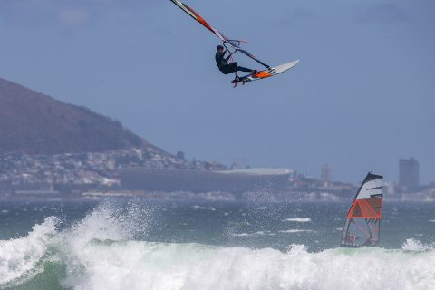 Going huge in Cape Town: Photo John Carter