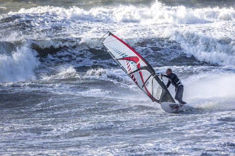 Peter Hart in action