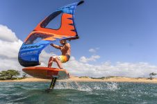 S25WING_Action_HoverWINGSUP_WingSurfer_RobbyNaish_FishbowlDiaries_Z072656_HiRes_RGB (1)