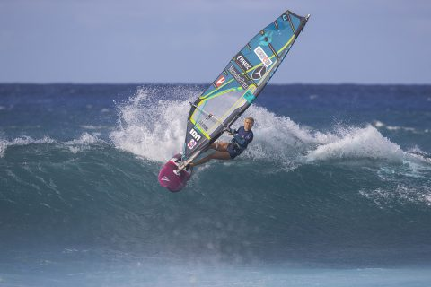 Arrianne ripping in Maui