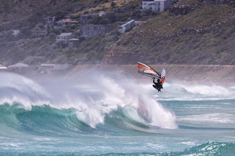 One handed air in South Africa
