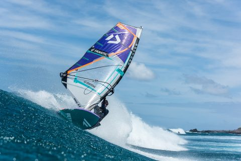 Marc ripping in Maui