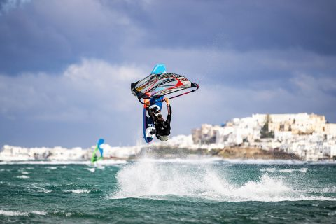 Lennart Neubauer at home in Greece Photo:  Alex Grymanis / Red Bull Content Pool