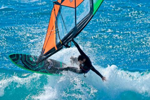 Screenshot_2021-04-10 i-99 Cesare Cantagalli Windsurf Booms Collection