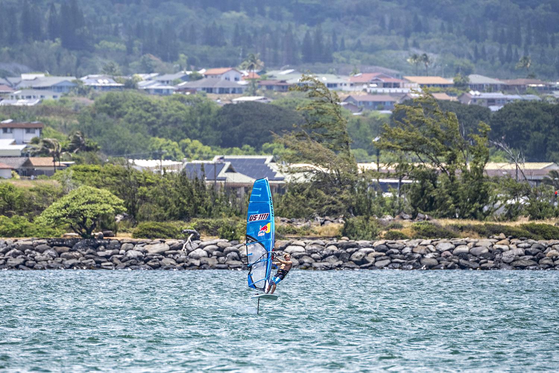 Foiling in Maui