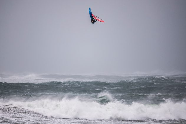 Jaeger Stone of Australia performs at the Red Bull Storm Chase in Magheroarty, Ireland on March 12, 2019. // Sebastian Marko/Red Bull Content Pool // SI201903130185 // Usage for editorial use only //